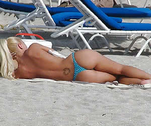 Related gallery: beach-porn (click to enlarge)